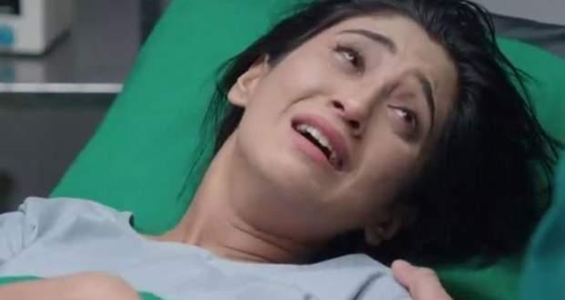 Yeh Rishta Kya Kehlata Hai Gossip: Naira gives birth to baby without Kartik