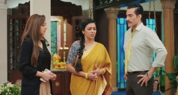 Anupama serial Spoilers : Kavya tries to wear Anupama's Mangalsutra