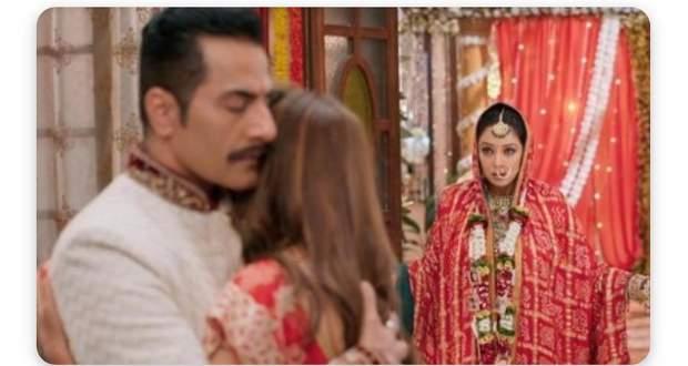 Anupama Spoiler Alert: Anupama to faint after seeing Kavya-Vanraj together