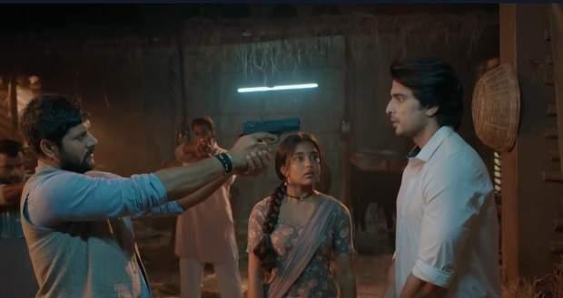 Imli Latest Gossip: Satyakaam to point a gun at Aditya's head