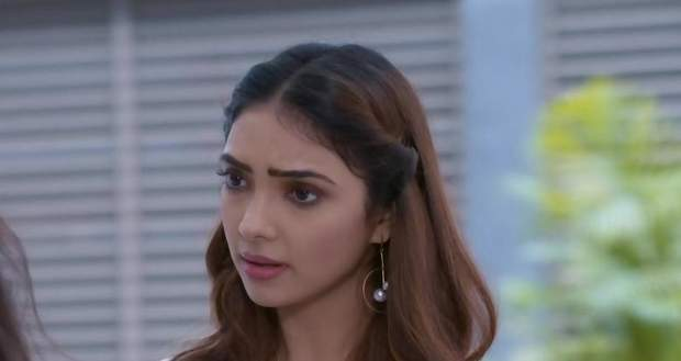 Kumkum Bhagya Gossip Alert: Rhea to rebuke Prachi and Pragya at her door step